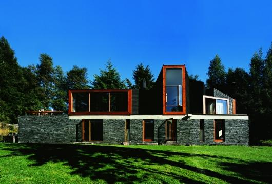 Casa Lago Pirihueico  - Alejandro Aravena - Chile