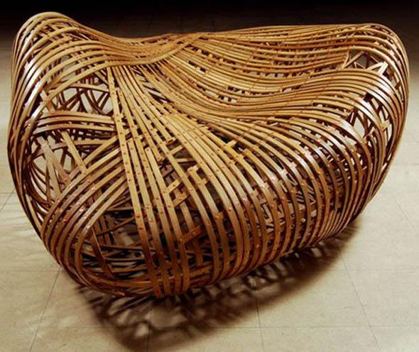 Muebles de roble Doblados al Vapor por Matthias Pleissnig