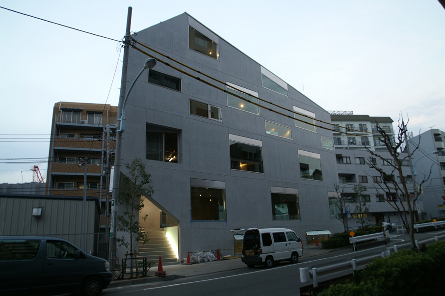 Mado Building -  Atelier Bow-Wow - Japon