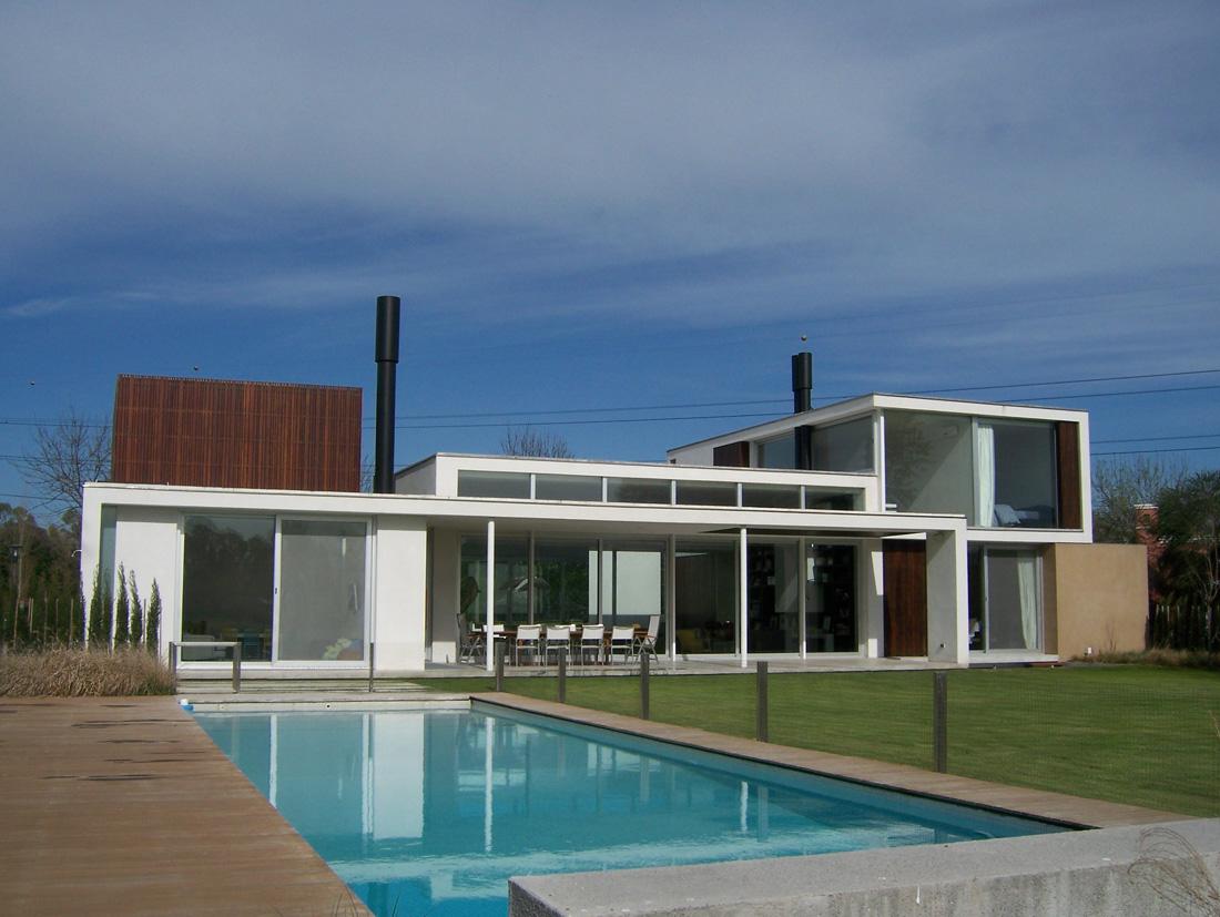 Casa en country club martindale alric galindez arquitectos argentina simbiosis news - Casa cub moderne ...