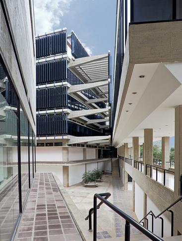Laboratoria y Edificio Administrativo -  Roberto Puchetti, Max Rengifo - Venezuela