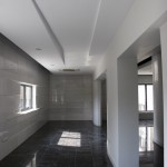 Edificio Comercial y Oficinas - Abbas Riahi Fard-Farinaz Razavi Nikoo - Iran