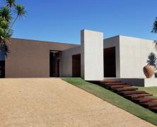 OM House – Studio Guilherme Torres – Brasil