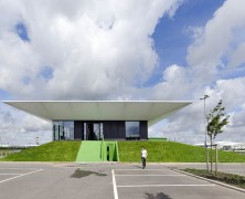 Sports Pavilion –  MoederscheimMoonen Architects – Holanda