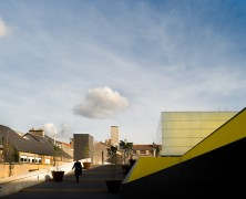 Theatre and Auditorium in Poitiers – JLCG Arquitectos – Francia