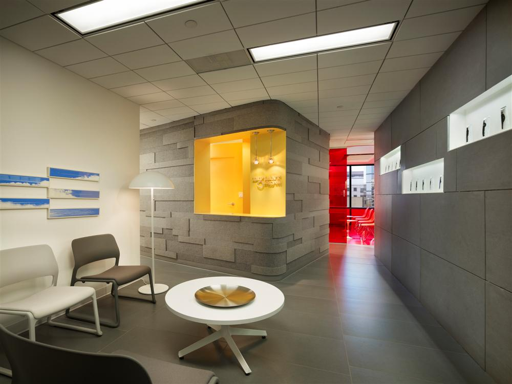Implantlogyca dental office interiors antonio sofan for Office design news