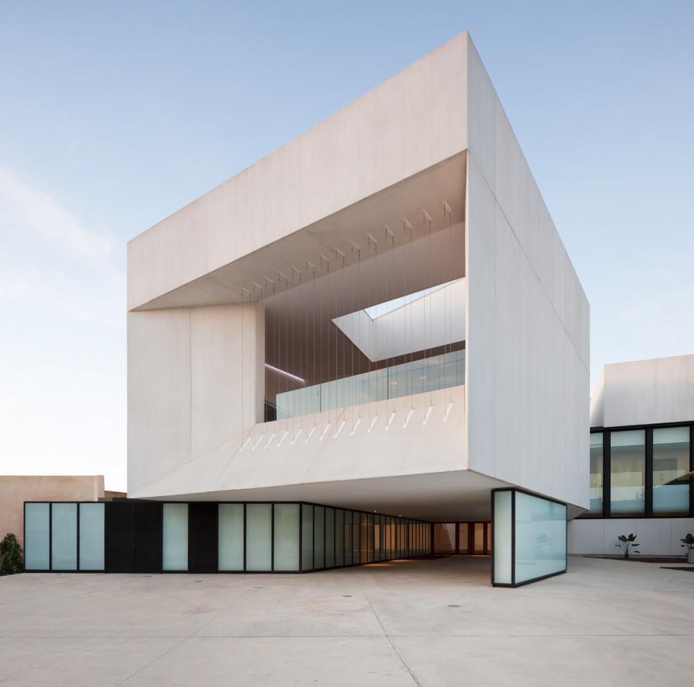 Almonte theatre en huelva donaire arquitectos espa a - Arquitectos en espana ...
