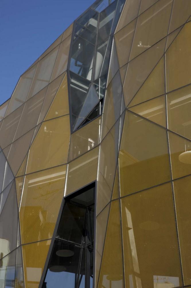 The Yellow Diamond - Jun Mitsui & Associates Architects + Unsangdong Architects - Corea