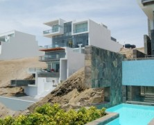 Alvarez Beach House – Longhi Architects – Peru