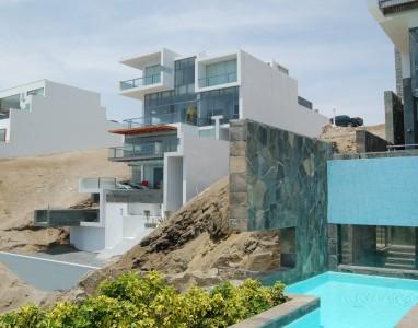 Alvarez Beach House - Longhi Architects - Peru