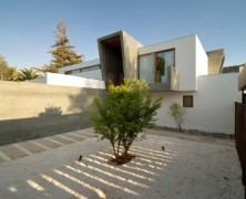 3-Element House – Tomás Swett – Chile