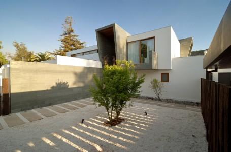 3-Element House - Tomás Swett - Chile