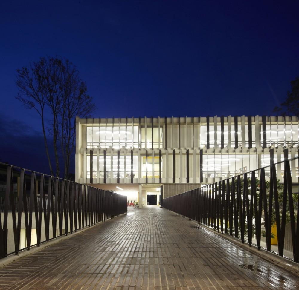 Gimnasio campestre mgp arquitectura y urbanismo for Gimnacio o gimnasio