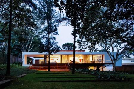 Santo Amaro House - Isay Weinfeld – Brazil